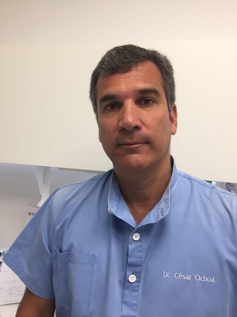 César Ochoa Cirujano Clínica Dental Adalia Las Palmas