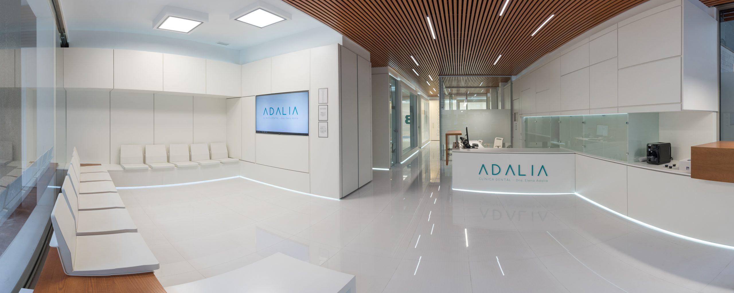 Entrada clínica Dental Adalia