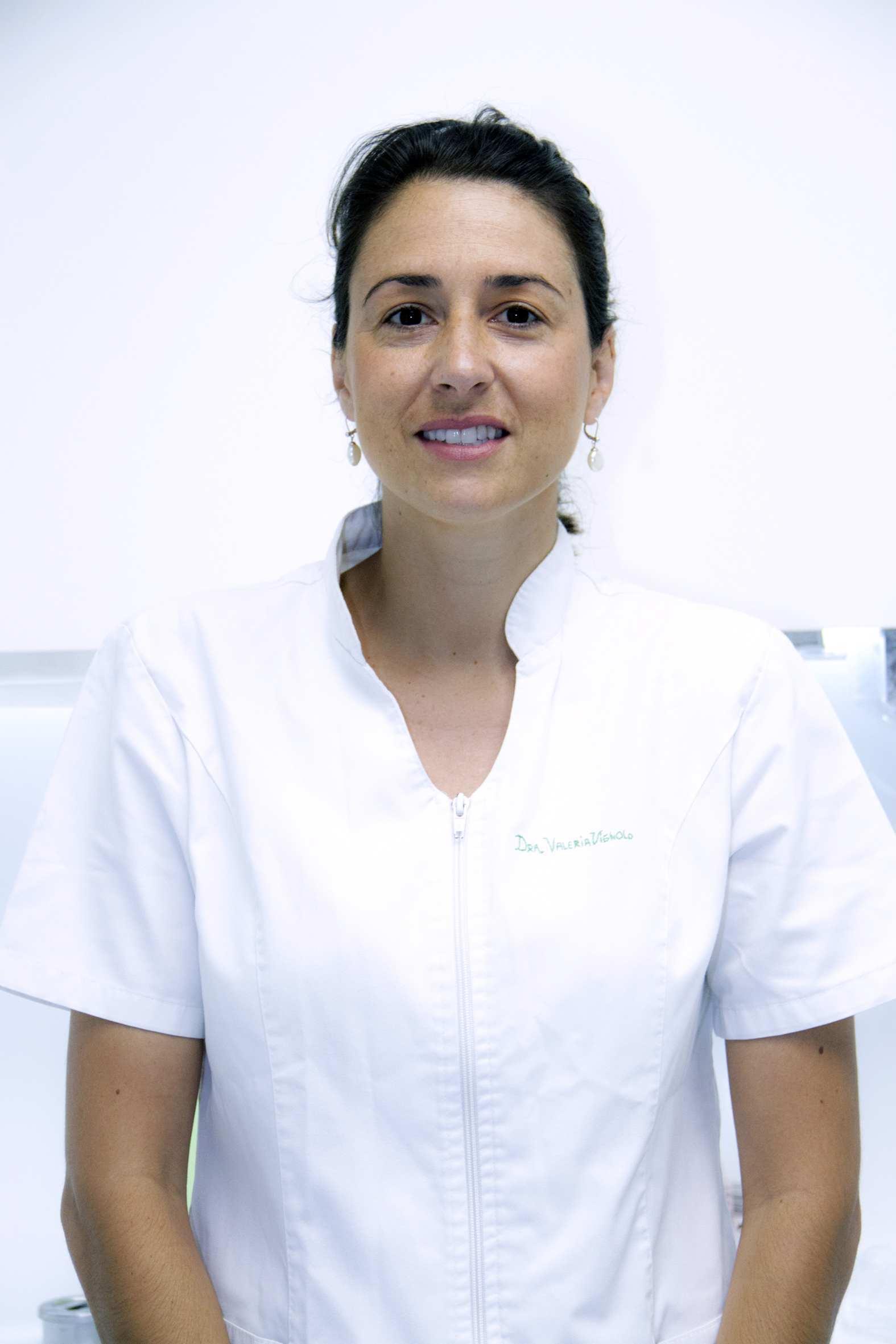 Valeria Vignolo Lobato Cirujano Periodoncista