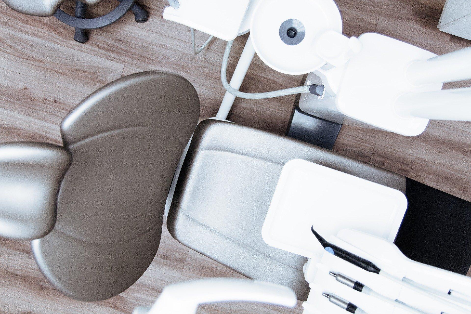 ¿Por qué tu dentista cierra ante el coronavirus?
